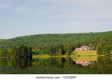 Red House Lodge overlooking Red House Lake