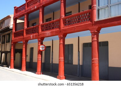 red house, Popular architecture in the towns of Berlanga de Duero, Soria, Spain,
