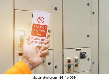 Imágenes, fotos de stock y vectores sobre Lock Out Tag Out