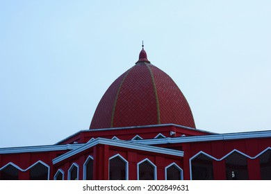 Red mosque in the afternoon.
