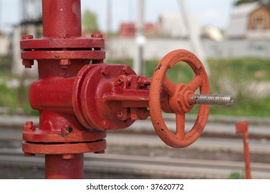 red old fire tap with adapter
