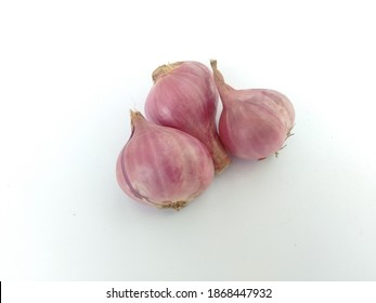 Red Onion Set Isolated on White Background. #onion #onions #RedOnions
