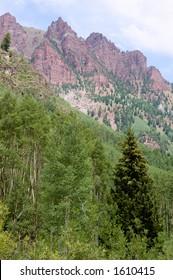 Red Peaks near Maroon Bells, Colorado