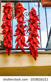 red peppers dried up