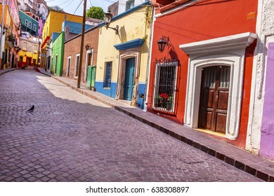 Red Pink Colorful Houses Narrow Street Guanajuato Mexico
