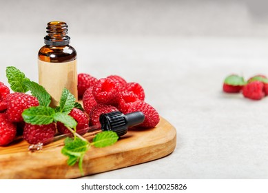 Red Raspberry Seed Oil. Pure, Natural, Cold Pressed, Unscented, Vegan, Hexane Free, No GMO - Ideal for Aromatherapy, Massage Base Oil, DIY Beauty Recipes, or as Sunscreen