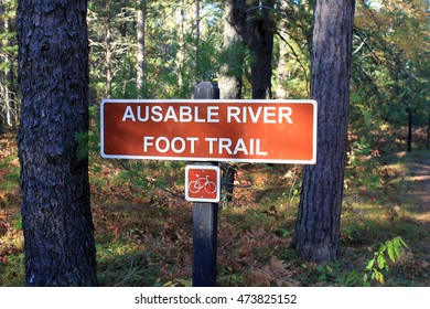 Red River and Trail Sign