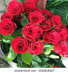 Red Rose Bouques