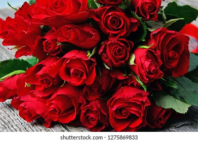 red rose bouquet for valentine day love
