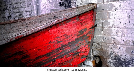 Red Row Boat Background