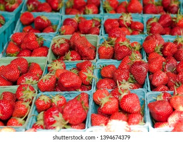 Red Strawberries in Mkt, NYC