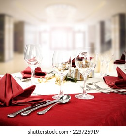 red table and glasses