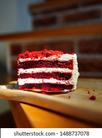 Red velvet cake ,Cakes with red velvet  Appetizers  Or eaten with coffee