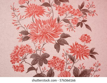 Red wallpaper with beautiful flowers