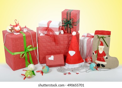 the red and white Christmas gift boxes