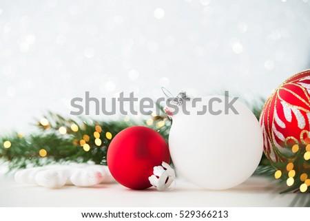 Red White Christmas Ornaments On Glitter Stockfoto Jetzt Bearbeiten