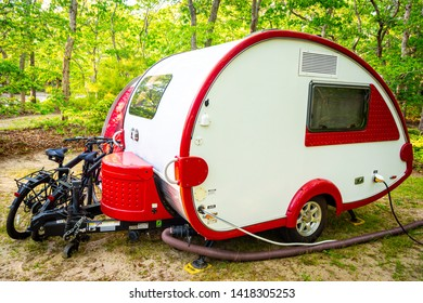 Teardrop Trailer Images, Stock Photos & Vectors | Shutterstock