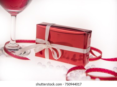 Red wine with gift or present  for  Valentine  day