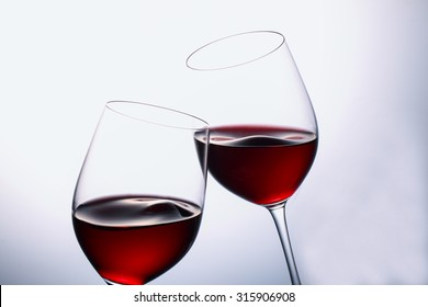 red wine which shakes