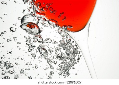 Red wine.Creative water bubbles