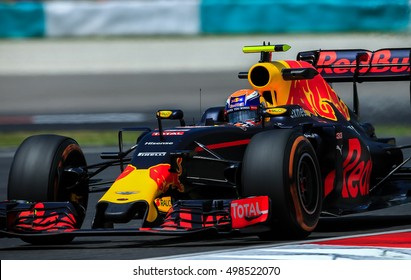 Redbull Racing's Max Verstappen during the free practice session of 2016 FORMULA 1 Petronas Malaysia Grand Prix at Sepang International Circuit, September 29, 2016.