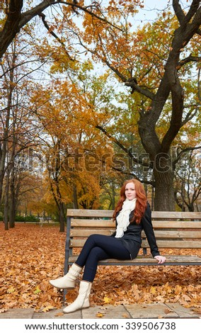 Apologise, redhead on bench right!