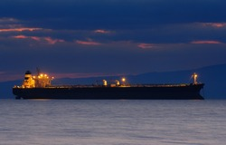 Image of a ship at dusk