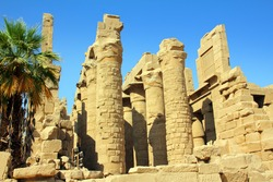 columns in famouse karnak temple - luxor
