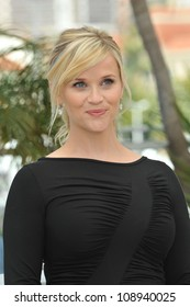 """Reese Witherspoon at the photocall for her new movie """"Mud"""" in competition at the 65th Festival de Cannes. May 26, 2012  Cannes, France Picture: Paul Smith / Featureflash"""