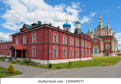 Refectory of the church Assumption of the Blessed Virgin Mary and Cathedral of the Exaltation of the Holy Cross, Uspensky Brusenskiy womens convent