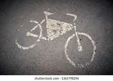 Reference to a bicycle lane in the city Porec in Croatia