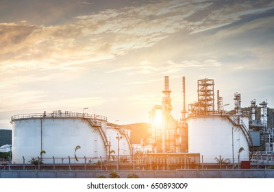 Refinery industry and Natural Gas storage tanks and oil tank
