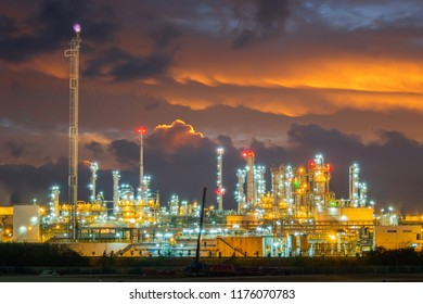 Refinery oli and gas industrial plant