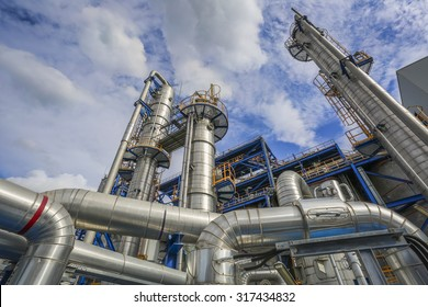 Refinery tower structure in petrolume plant