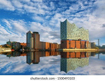 Reflection of the Elbphilharmonie in Hamburg