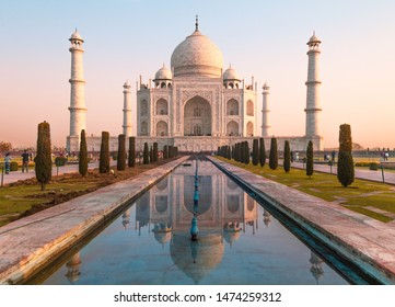 Reflections on the Taj Mahal