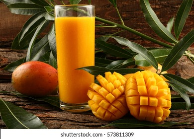 Refreshing glass of tropical Alphonso mango juice.