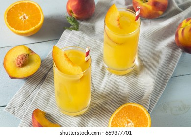 Refreshing Peach and Orange Fuzzy Navel Cocktail with a Garnish