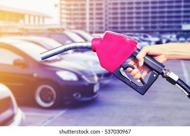 refuel car oil