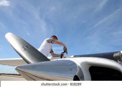 Refueling a light aircraft
