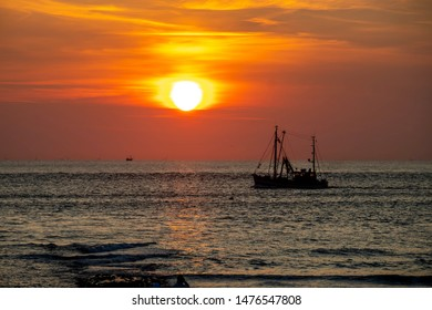 regain power relaxing in sunset, travel norderney Germany