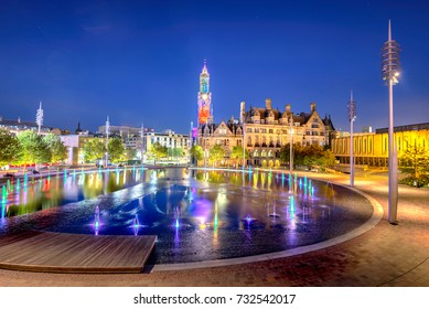 The regeneration of Bradford City Centre into a new six-acre, multi-award winning public space. At its heart is a spectacular Mirror pool and animated by fountain.