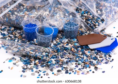 regrind of milled plastic goods with color samples for recycling industry and plastic bag