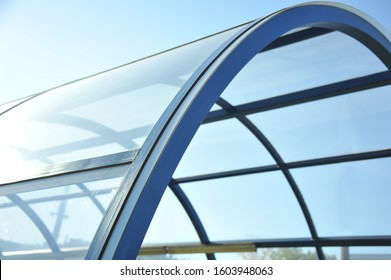 Reinforced concrete construction. Ceiling. New technologies. Arc polycarbonate canopy and reinforced concrete construction. Metal construction.