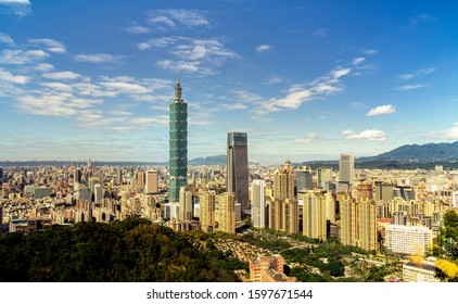 Relax/ Beautiful cloud sky with Taipei cityscape at dawn, Taiwan