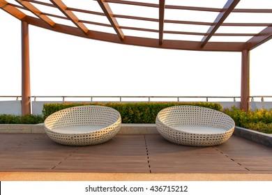 Imágenes, fotos de stock y vectores sobre Jardin Salon De ...