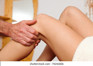 Relaxation, peace and well-being through massage. Lymphatic drainage