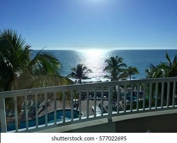 Relaxing in Florida !