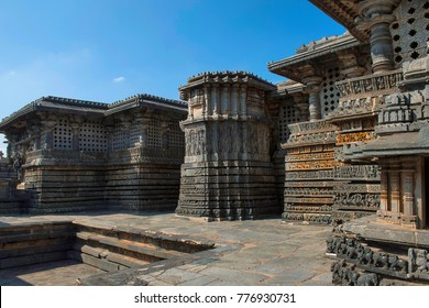 Reliefs on the outer wall. Hoysalesvara Temple, Halebid, Karnataka, 12th Century. Shiva temple
