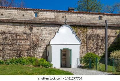Remains of the city wall, Mittlerer Graben, Weilheim, Pfaffenwinkel, Upper Bavaria, Bavaria, Germany, Europe